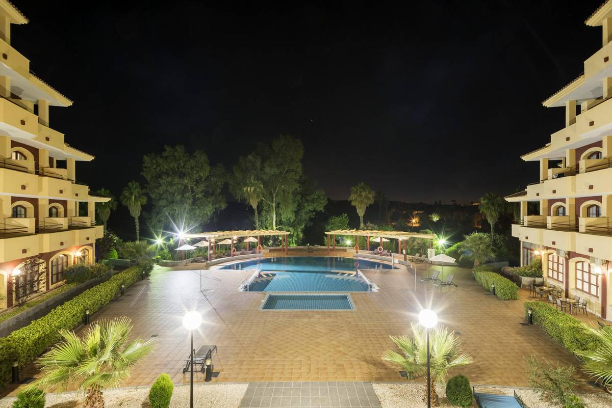 Piscine ilunion golf badajoz hotel ilunion golf badajoz